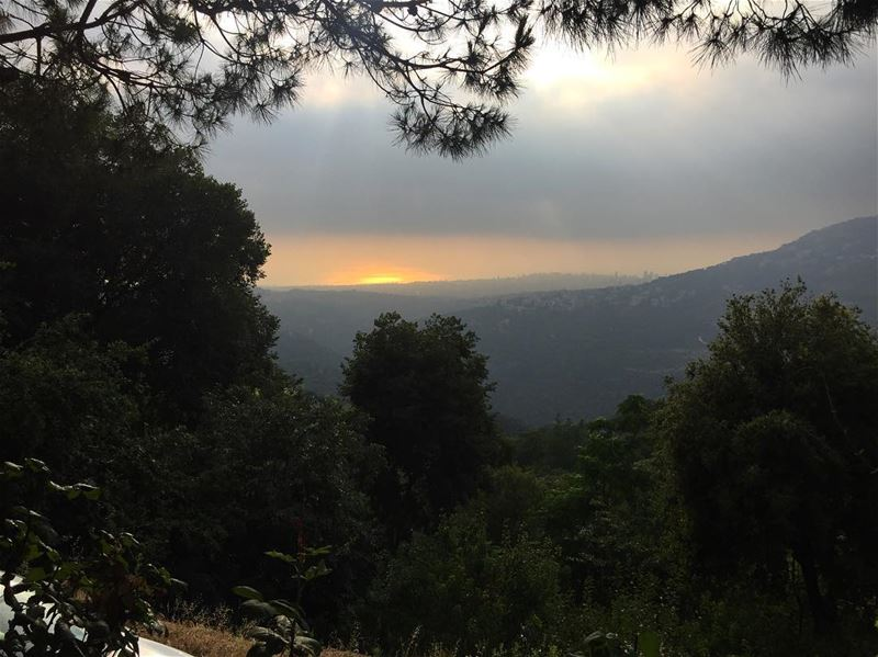 sunset view moment nature green trees sea ocean sky clouds ... (Abadiyeh, Lebanon)