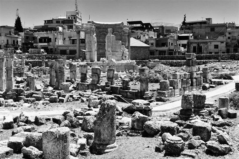 A land with memories... baalbek baalbekruins ruins lebanon ... (Baalbek, Lebanon)