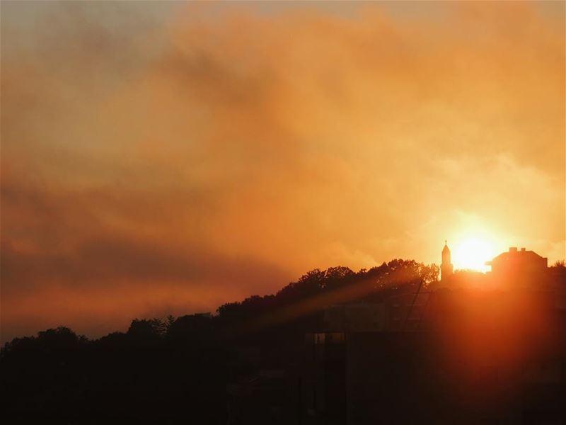 The Golden Hour ✨ vsco vscocam instalebanon lebanonspotlights... (Klayaat)