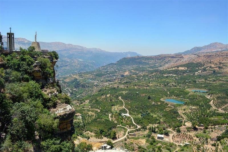 To the sky! Breathless! loves_lebanon super_lebanon ig_lebanon ... (Jroud Akoura)