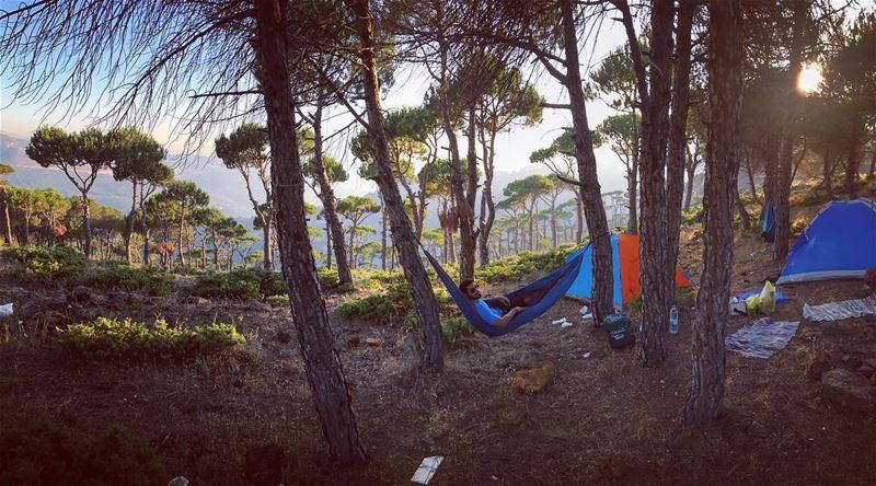 عايشة وحدى و مرتاحة (Baskinta, Lebanon)
