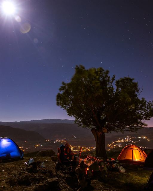 Full moon camp⛺🌳🌕🔥..... moon moonlight fullmoon camp camping... (El Laqloûq, Mont-Liban, Lebanon)