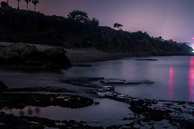 🌊📷..... oceon beach reflection summer landscape... (Batroûn)