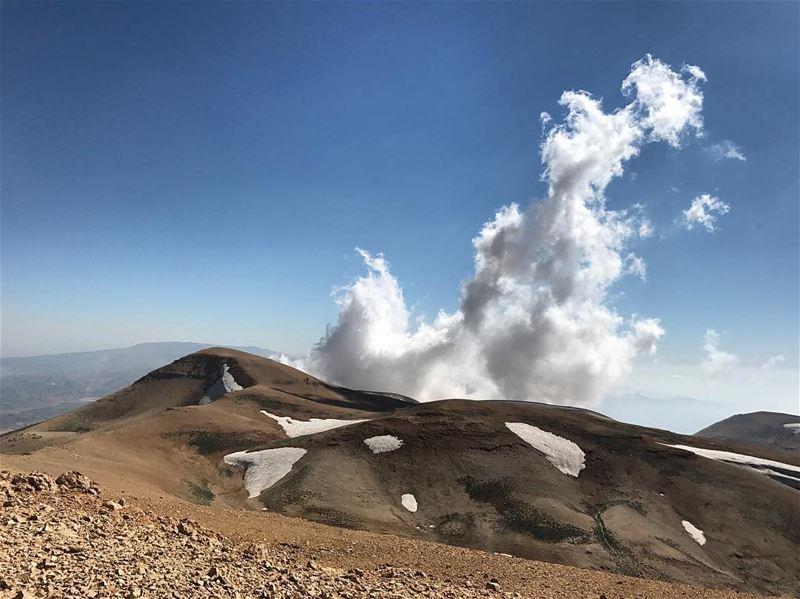 Qornet Fahed 3053m - Jabal Makmel Fossil Shell at 3075 m - Qornet Znenir -...
