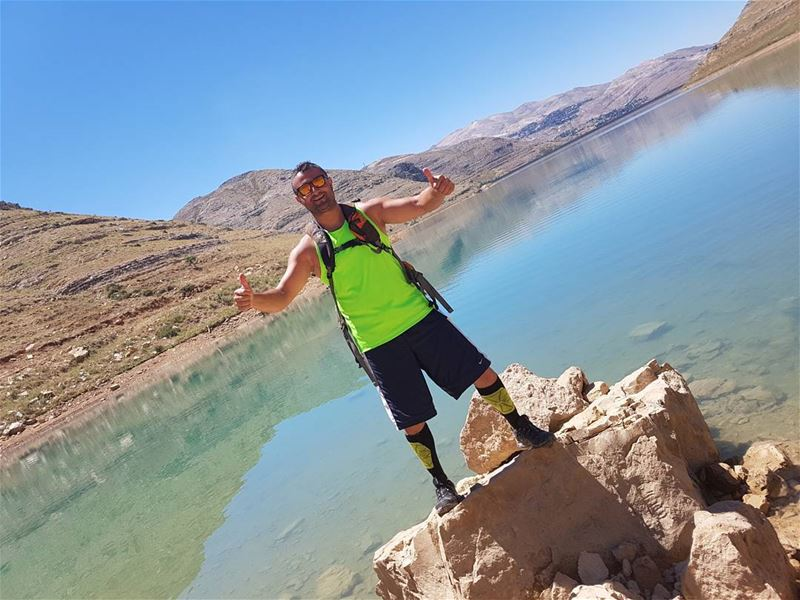 When all of you are at the beach I'm hiking hiking climbing nature ... (Chabrouh Dam-Faraya)