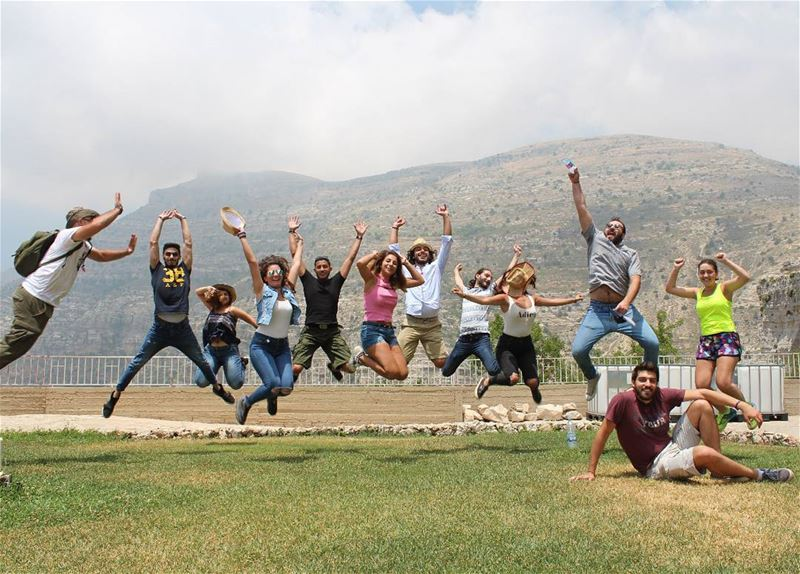 صورة مش عفوية...لقفزة خرافية.🕺...📸@jad.a.harb jump crazy colors ... (Saydet El Hebes)