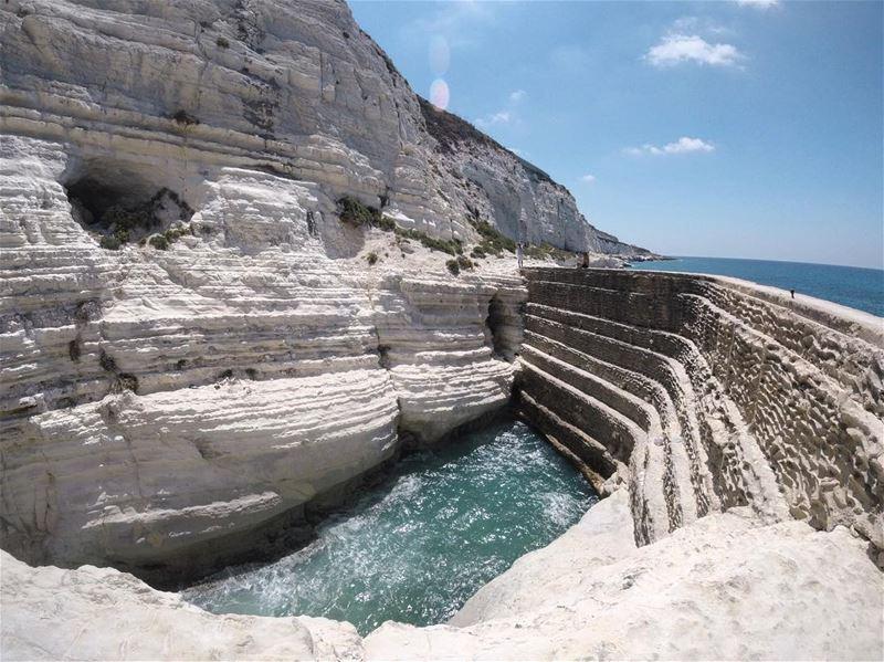 t h e w a l l 🇱🇧 lebanon lebanon_hd lebanon_hdr sea beach ... (El Bayâda, Al Janub, Lebanon)