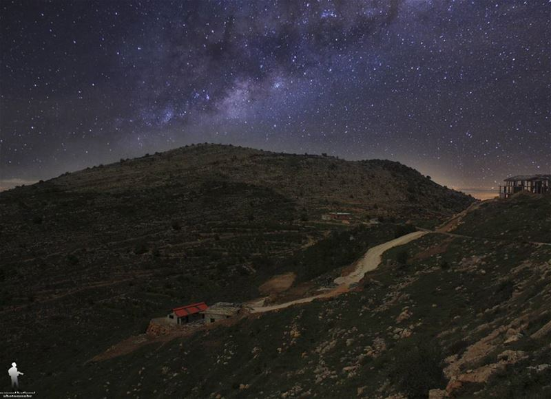 Leave the past where it belongs. chouf night jbaa livelovechouf ... (Chouf)