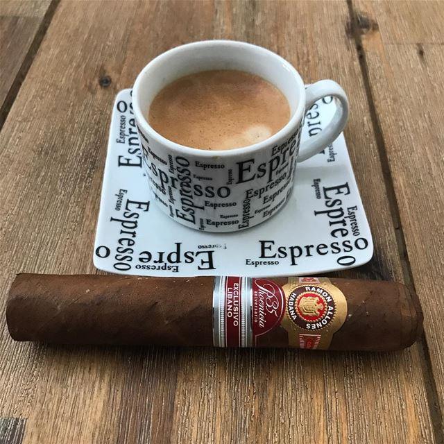 Good 😊 Morning.🌞. zahle zahleh lebanon vacation cigar cigars espresso... (Zahlé, Lebanon)