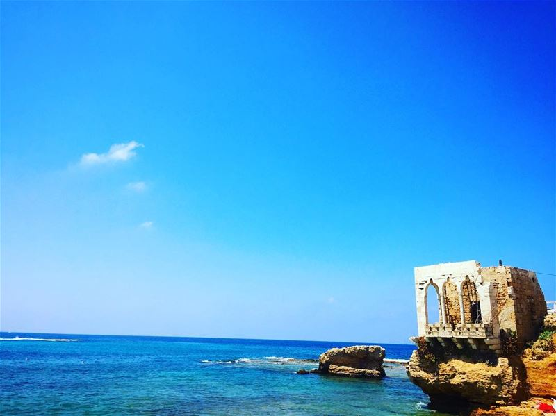 That beautifuk view in Batroun lebanon lebanesebucketlisters oldhouse ... (Bahsa-Batroun)