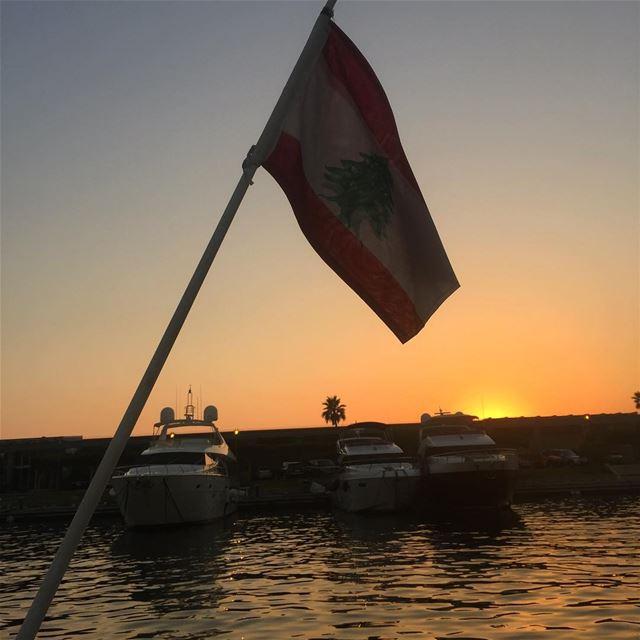 lebanonpictures lebanonshots lebanon_hdr ptk_lebanon whatsuplebanon ... (Waterfront Dbayeh)