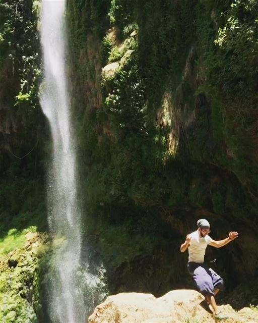 Fly around !  nature  waterfall  hiking  camplife  saytrees  jump ...