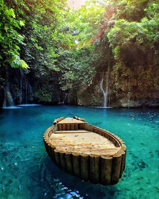 This is Lebanon, a little piece of heaven 🏕🏖☀️. lake waterfall ... (Baakline, Mont-Liban, Lebanon)