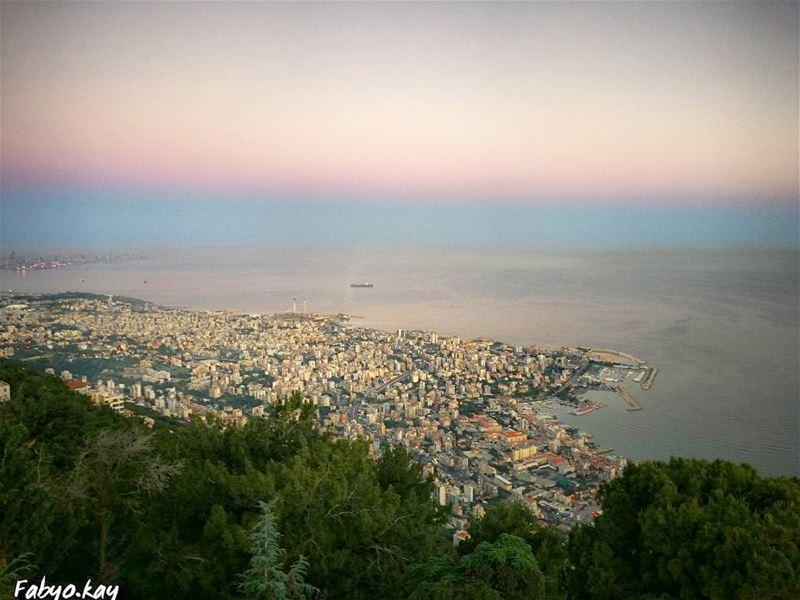 lebanon morning harissa skyline nature naturephotography skylovers... (Harîssa, Mont-Liban, Lebanon)