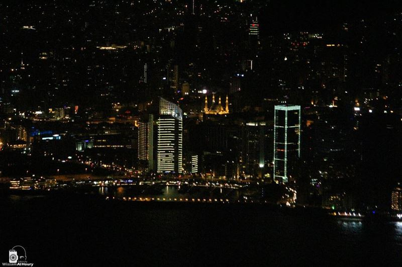 beirutbynight thisisbeirut mycity cityscape cityview nightphotography... (Zaitunay Bay)