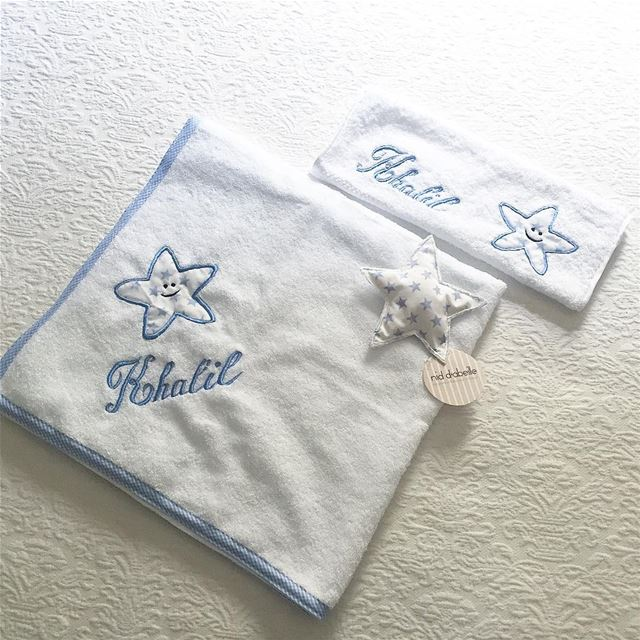 It s a boy 💙 order your new born set🐬 Write it on fabric by nid d'abeille