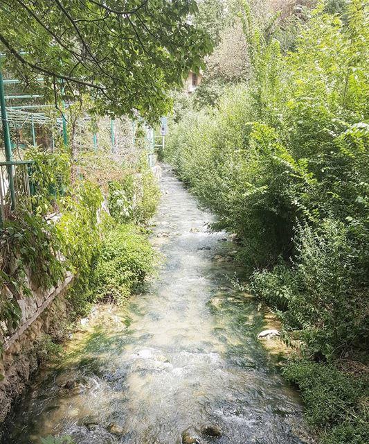 البردوني 💘▪▪▪▪▪▪▪▪▪▪▪▪▪▪▪▪▪▪▪▪▪▪▪▪▪▪ ptk_lebanon super_lebanon ... (Berdawni Natural Mineral Water)