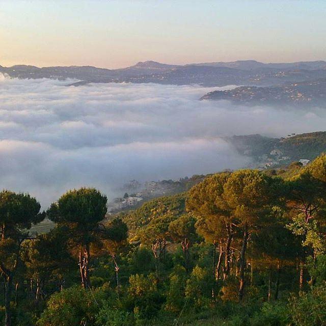 Somewhere above the clouds @livelovedhourshweir by @armandomaalouf (Dhoûr Ech Choueïr, Mont-Liban, Lebanon)