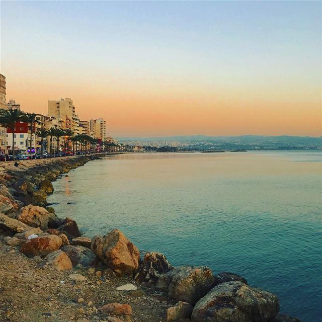 tyre tyr tyrecity sourcity tyrepage southlebanon beach ... (Tyre, Lebanon)