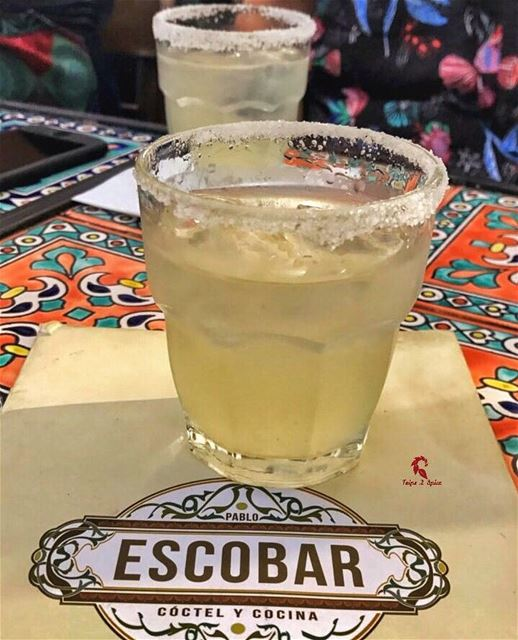Something we all need on a Monday night 💣 ----------------------------📍... (Pablo Escobar - Cóctel Y Cocina)
