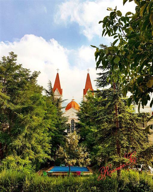 bcharre saintsaba cathedrale photo prise de la maison là où ... (Saint Saba bcharre2)