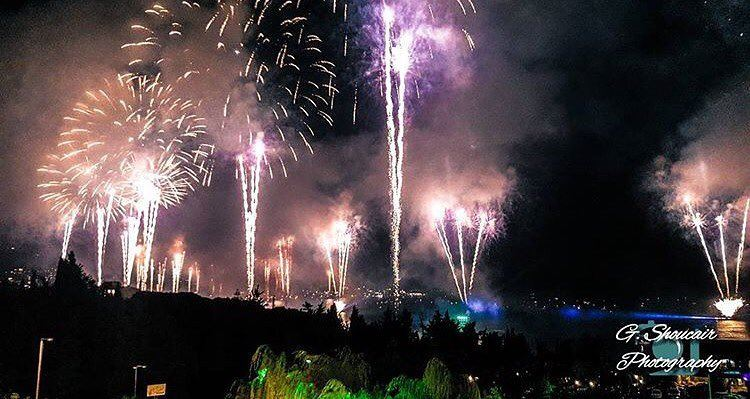 Jounieh will always surprise us with these magnificent fireworks 💥 Taken: