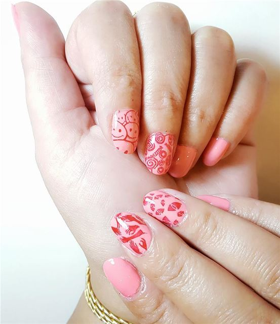 "My funny design for today with the ""pink paradise"" from alina breathable... (MUREX Beauty Therapy)"