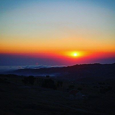 🌞🌥 Follow me for more of my nature pics (Optional) ! 🇱🇧... (Qanat Bakish, Mont-Liban, Lebanon)
