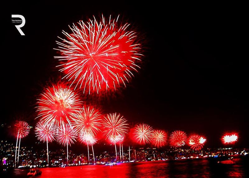 Fireworks Jounieh International Festival..👇👇👇👇👇..👉👉👉... (Joünié)