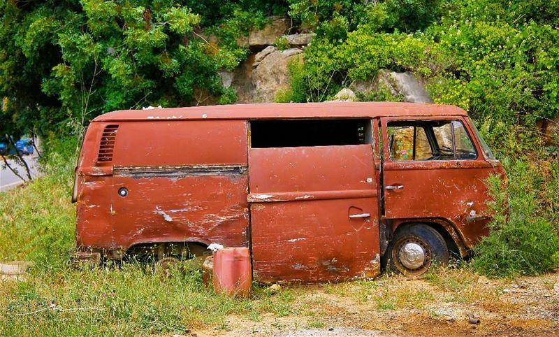 Das Auto in pieces ❤❤❤ (Ehmej, Mont-Liban, Lebanon)