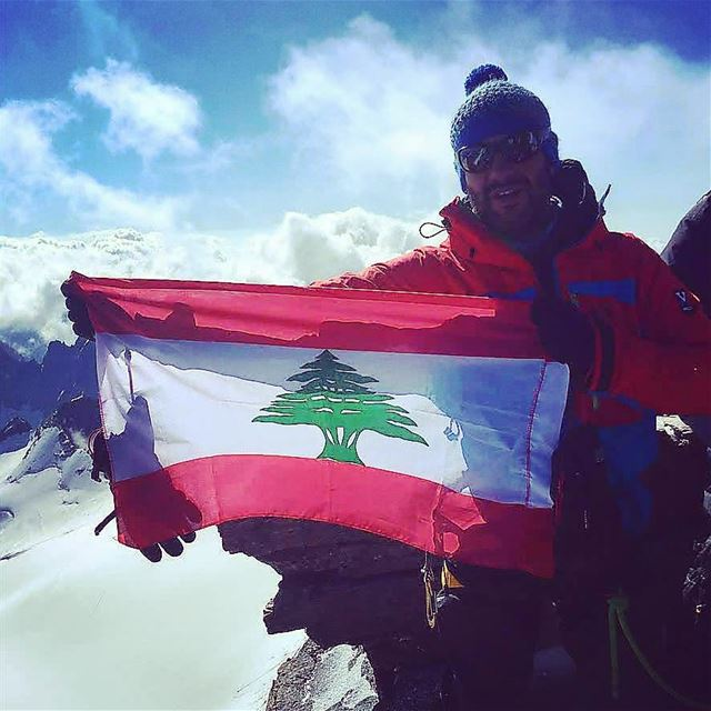 Such a glory day ...Summit on mount GRAND PARADISO 4060MTR mountains ... (Italian Alps)