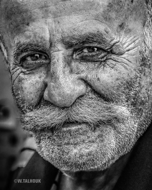 Smiling is easier than explaining why you are sad... portrait ... (Beirut Mar Meakail)
