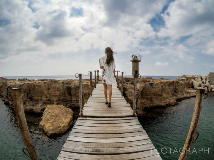 You've got bright in your brains and lightning in your veinsYou'll go... (Mina-batroun)