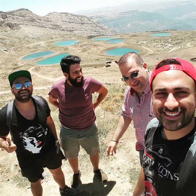 That happy faces! 👆Check the next picture 🍑 😂 akoura ... (Akoura, Mont-Liban, Lebanon)