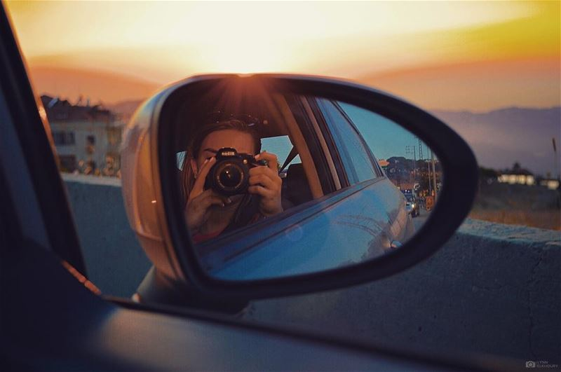 •Objects in mirror are closer than they appear• (Aley)