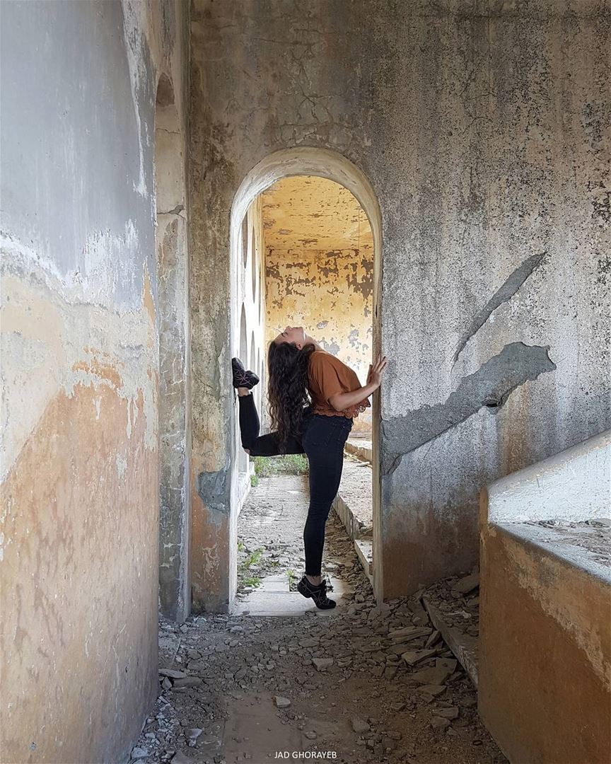 ~... abandoned synagogue abandonedplaces worldheritage ... (Bhamdoûn, Mont-Liban, Lebanon)