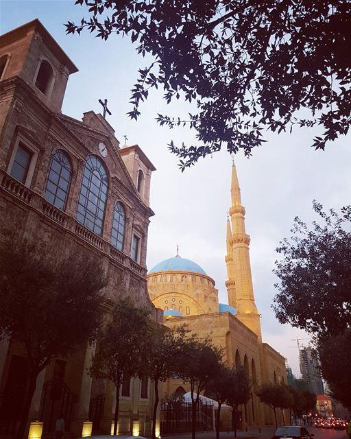 وحياتُنا : هي أن نكون كما نريدُ , نريد أَن نحيا قليلاً .. لا لشيء بل لِنَحْ (Downtown Beirut)