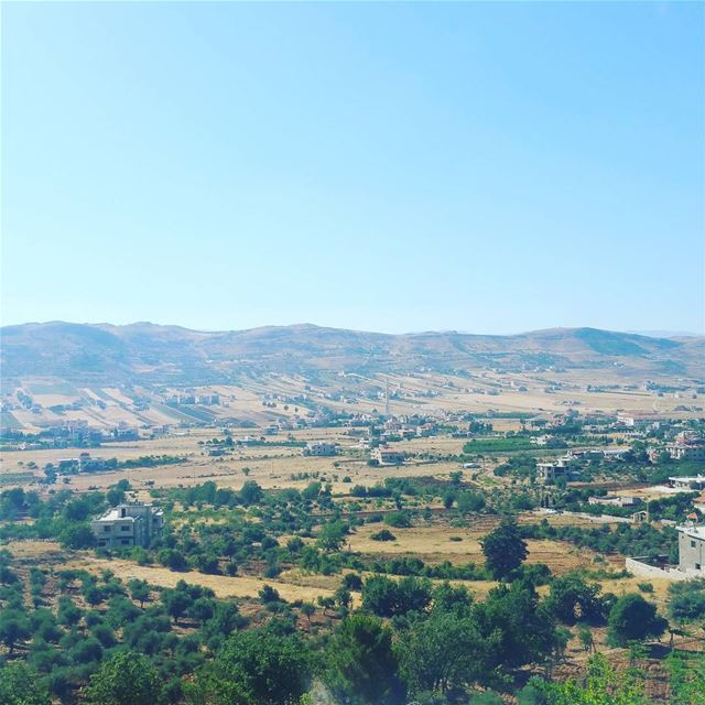 One of the most amazing parts of life is the views. The great views and... (Rashayya, Béqaa, Lebanon)