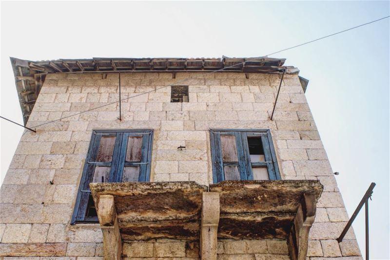شموخْ (Douma, Liban-Nord, Lebanon)