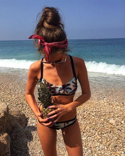 Море ,солнце , жара 😍🐳🌊☀️ girl me fun lebanon jbeil likeforlike ... (Beach Jbeil)