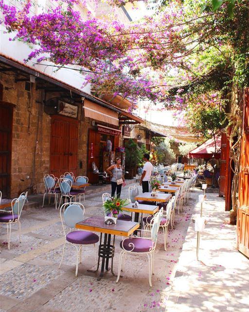 lebanon livelovejbeil byblosjbeil livelovelebanon soukjbeil restaurent... (Byblos - Jbeil)