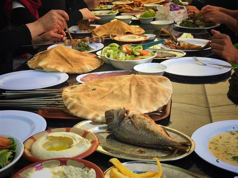 family summer restraunt استراحة_ابو_جاد foodtime instalebanon ... (استراحة ابو جاد)