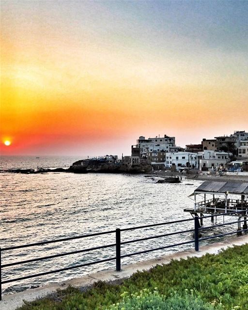 Enjoy the magical sunsets at batroun 🌅Photo by: @eliefeghaly7 ...