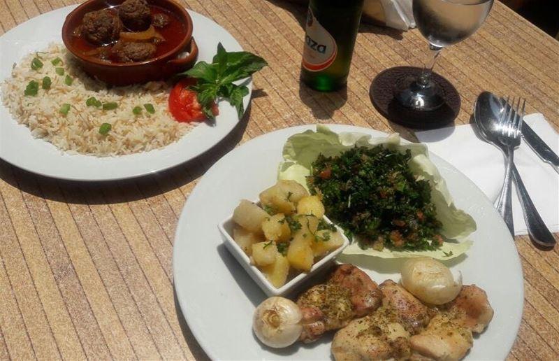 Em's home-style table 😍 داوود باشا و دجاج و تبولة is on the menu Today!! ... (Em's cuisine)