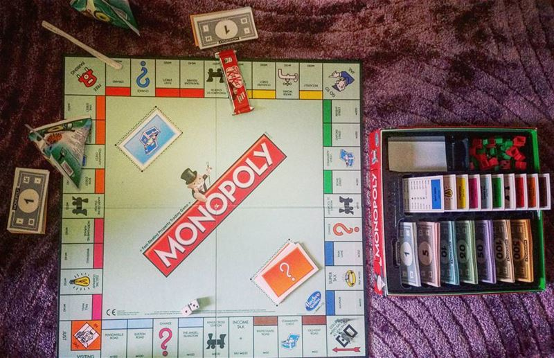 Sunday morning 👭 monopoly game fun buy sell like4like cousins play...