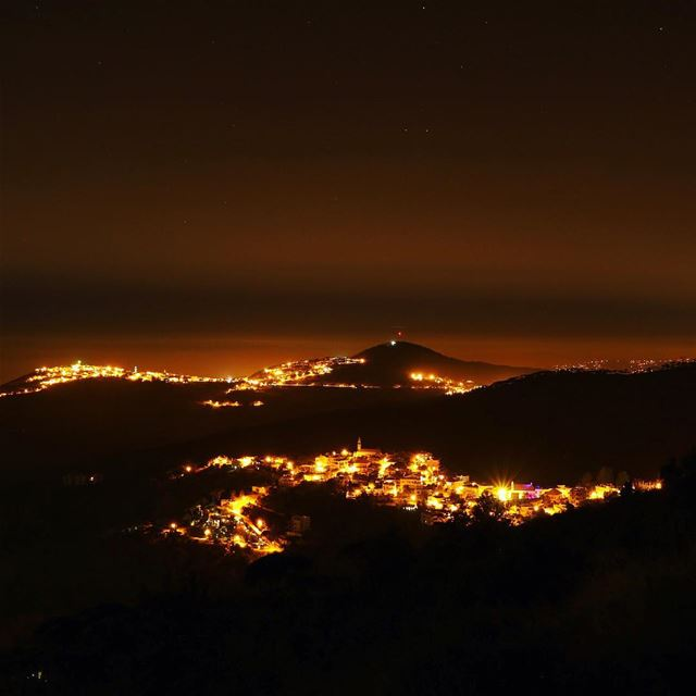 Starry night 🌌 ..... night nightphotography nightshot landscape... (Haïtoura, Al Janub, Lebanon)