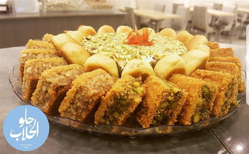 A royal plate of karabij + maddat 😍👍the yummiest and true symbol of... (Abed Ghazi Hallab Sweets)