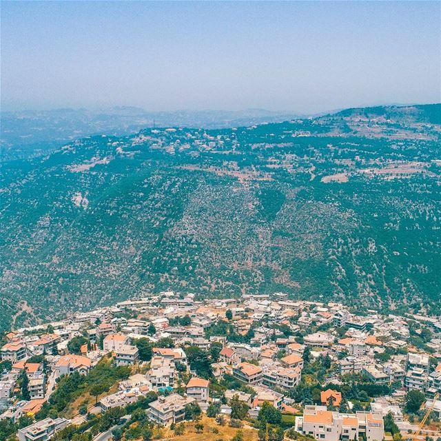 Good Morning Lebanon 🇱🇧 nogarlicnoonions nature lebanon beauty ... (Beirut, Lebanon)