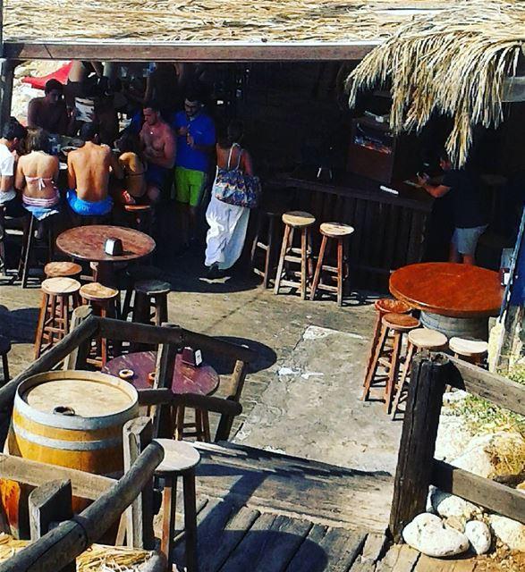 Summer vibes 🌴🌴 pierreandfriends bar beach ocean me waves relax ...