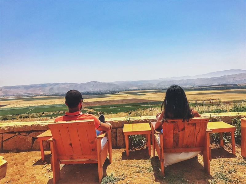 relaxation 🌾🍂🌿🌻🍁🌽💑 livelovelebanon livelovebekaa summer17 ... (Tawlet Ammiq)